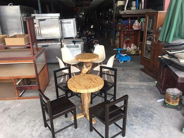 Bàn ghế cafe mới