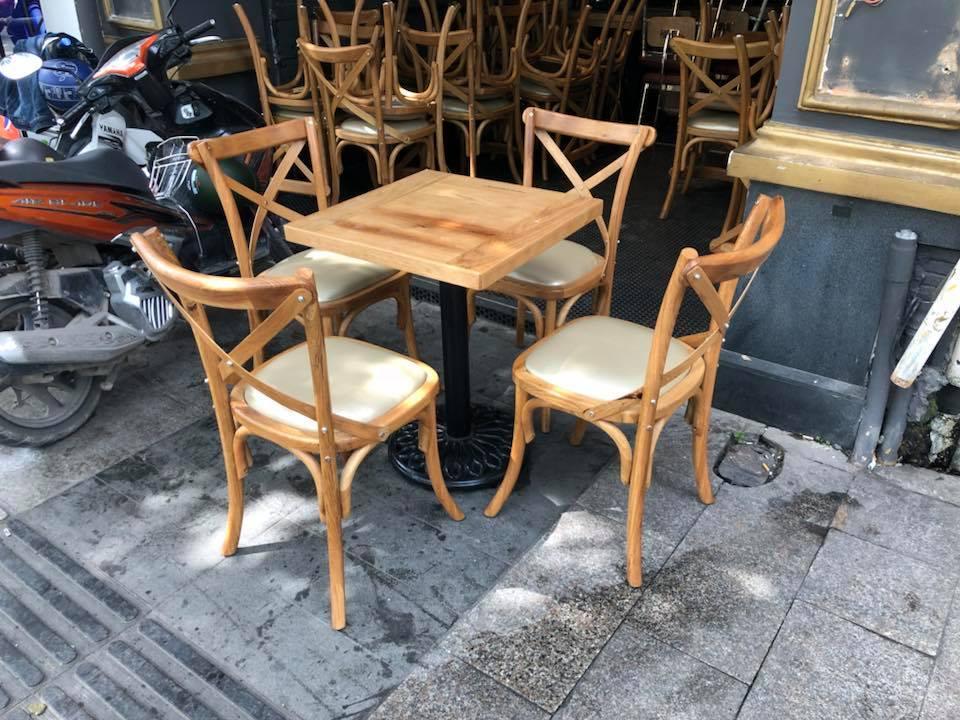 Mẫu bàn ghế nhà hàng đẹp